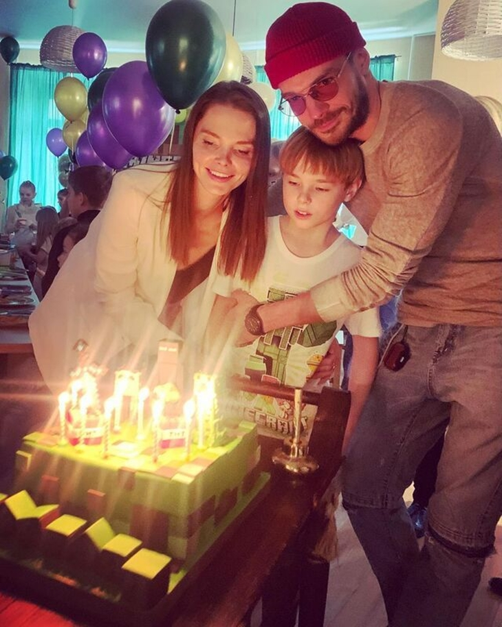 Внуку Боярского 9 лет: актерская семья поделилась фотографиями с праздника