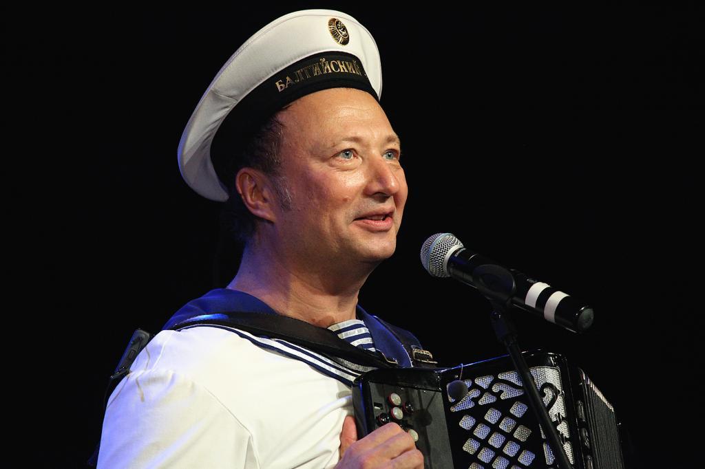 Считал себя родственником Гагарина и мечтал стать летчиком: Юрий Гальцев о детстве, творчестве и судьбе