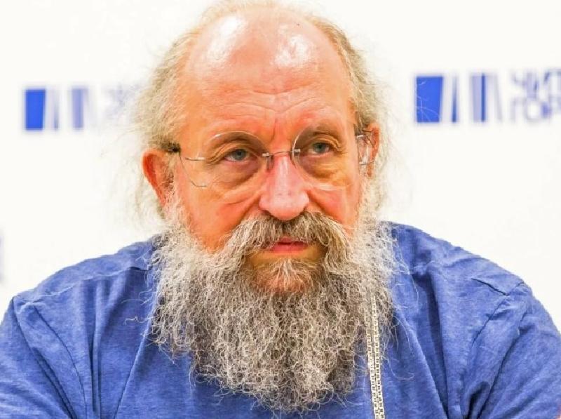 """Анатолий Вассерман о размере стипендии: """"Она должна быть не ниже минимальной зарплаты"""""""