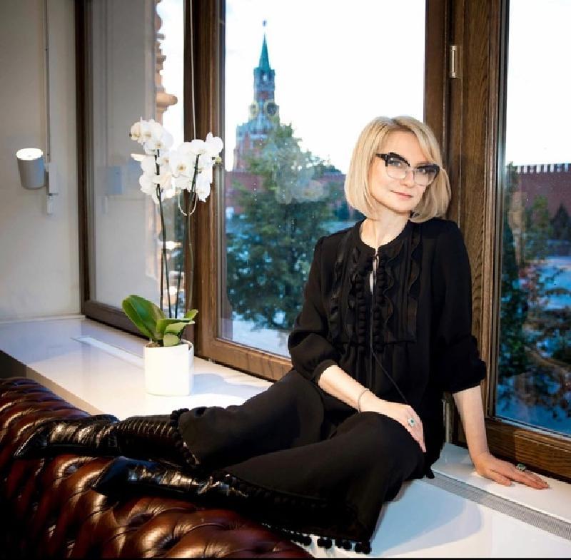 Эвелина Хромченко показала, как правильно носить лосины, чтобы не опозориться