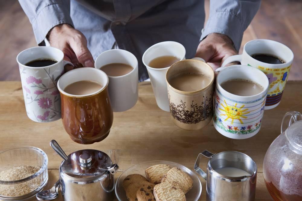 """Сколько кофе пьют россияне и откуда зерно берется в стране: интересные факты о """"бодрящей культуре"""" в преддверии Дня эспрессо"""