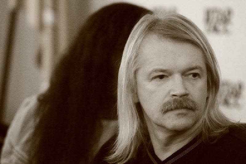 Экс-солист группы «Земляне» Сергей Скачков рассказал, как песня «Трава у дома» стала гимном космонавтов