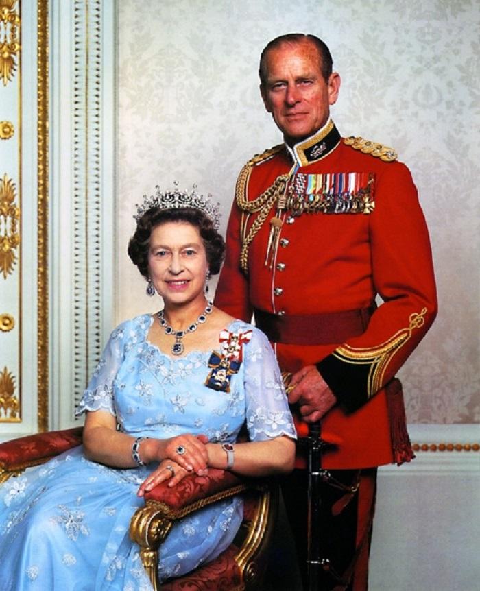 Союз, который не одобрила семья. 4 странности брака королевы Елизаветы II и принца Филиппа, которые британцы предпочитают не обсуждать