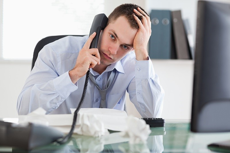 """""""Ожидайте, ваш звонок очень важен для нас"""": слышит ли вас оператор колл-центра, когда звонок на удержании"""