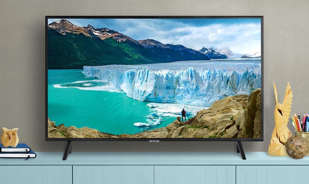 Компания Samsung представила свой новый игровой телевизор под названием Samsung QX2