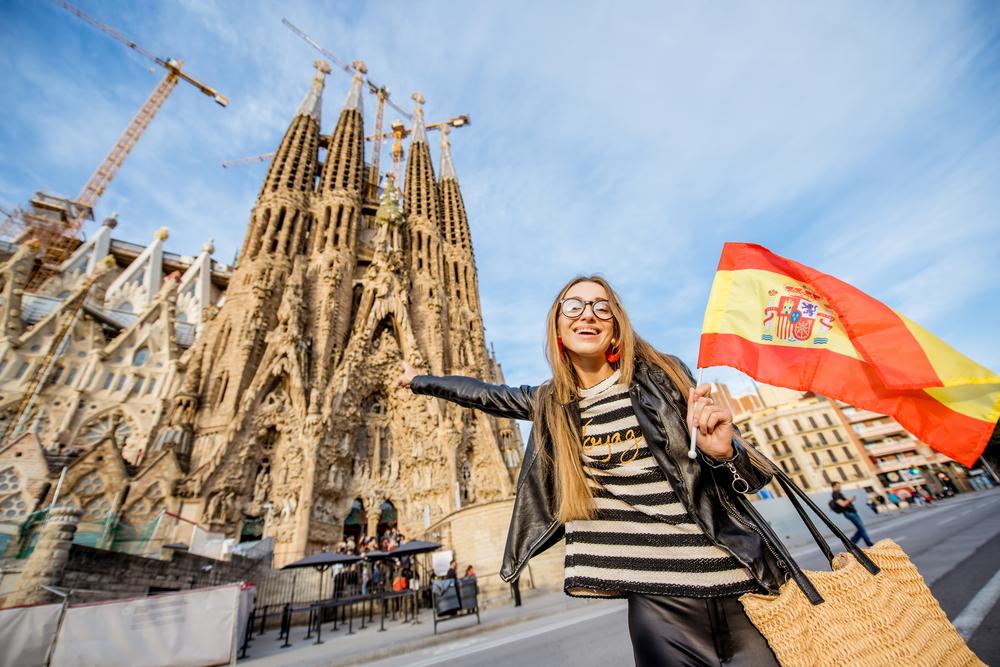 Барселона может быть готова принимать российских туристов в конце лета или осенью при одном условии
