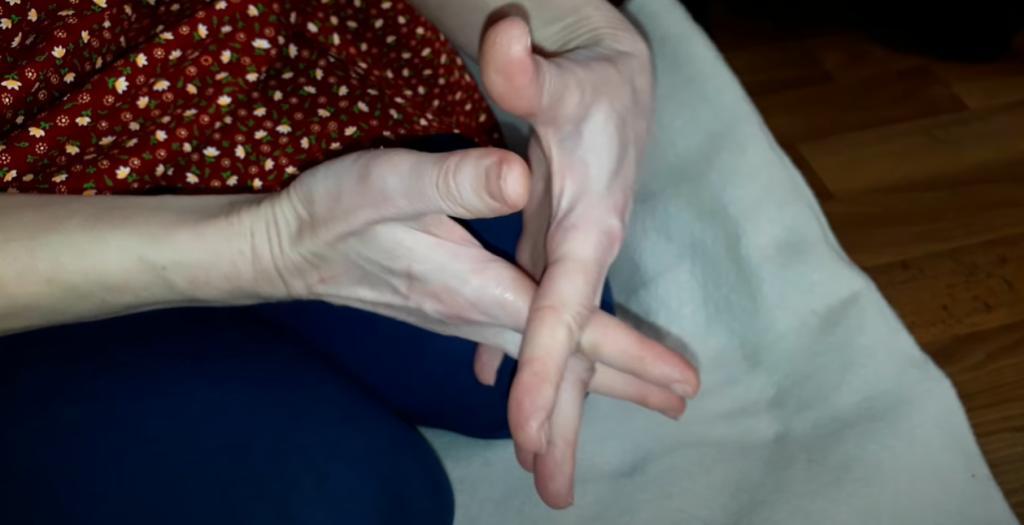 Простая зарядка - и сердце в порядке: сохраняем здоровье с помощью нескольких упражнений для рук