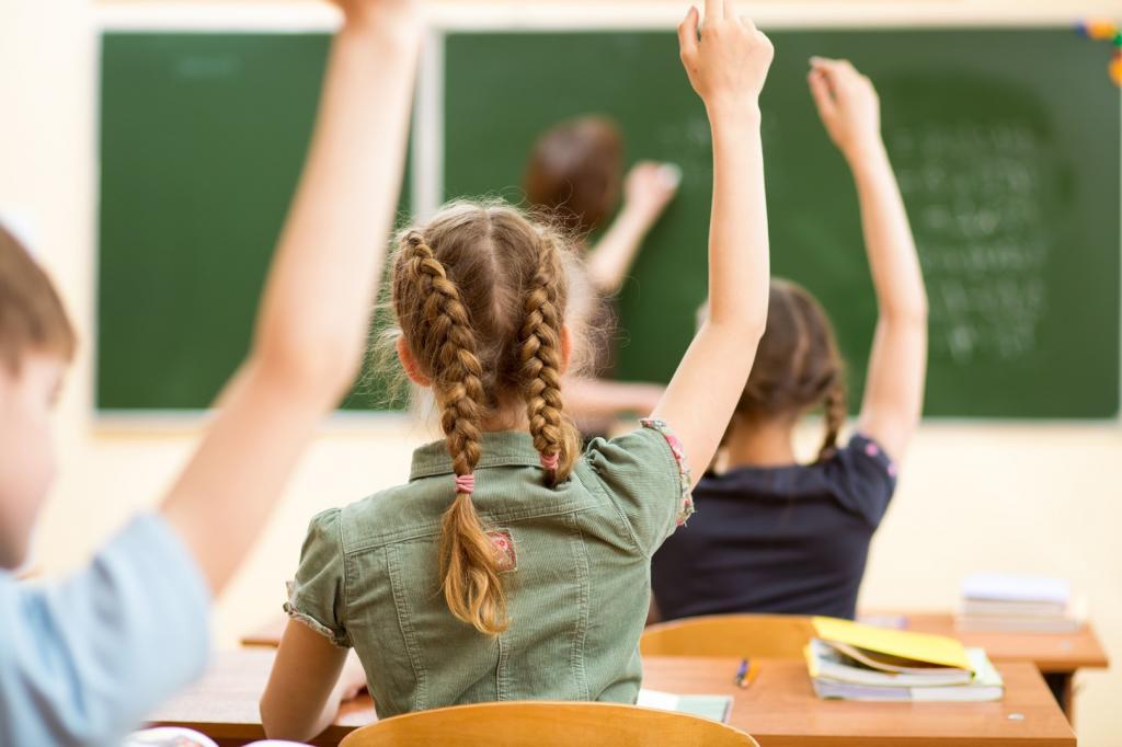Курсы правильного питания войдут в школьную программу, рассказал врач