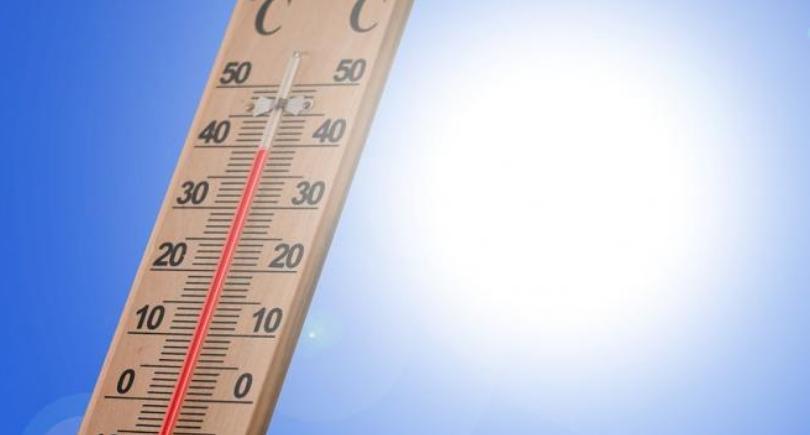 """Если в мире на 0,18 градуса, то в РФ — на 0,51 градуса"""". Синоптики Росгидромета рассказали об увеличении скорости потепления в России"""