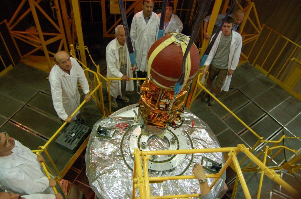 Финляндия запустит на орбиту Земли первый в истории деревянный наноспутник
