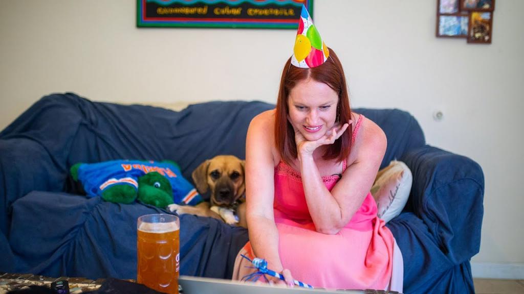 Не отпраздновали свой день рождения из-за карантина? Наверстайте упущенное, если хотите сохранить психическое здоровье