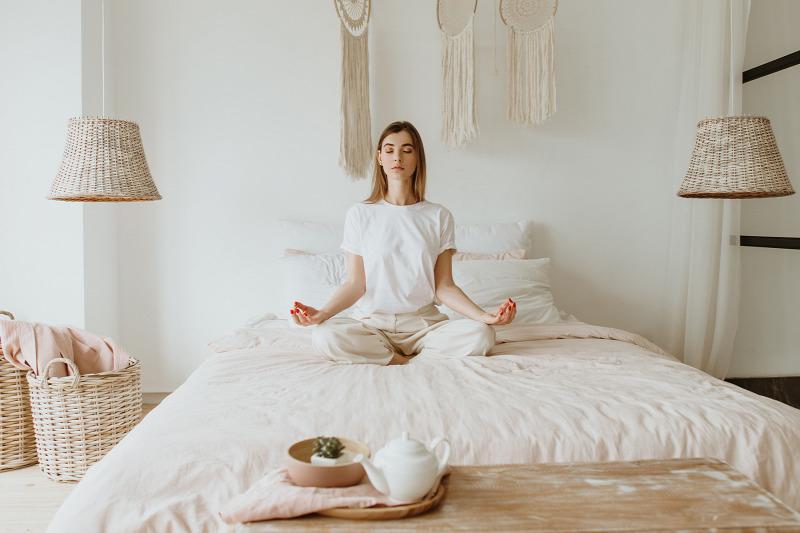 Стресс - неизбежный фактор в нашей жизни, но существует ряд методов борьбы с ним: массаж, горячая ванна, пробежка и другие