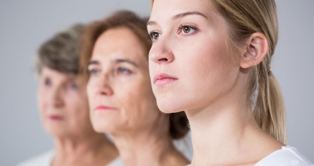 Ученые проанализировали плазму крови 4263 человек в возрасте от 18 до 95 лет и смогли выделить три волны старения