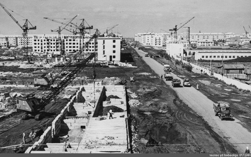 Постановление ЦК КПСС о решении жилищного вопроса к 2000 году осталось на бумаге, а что в реальности