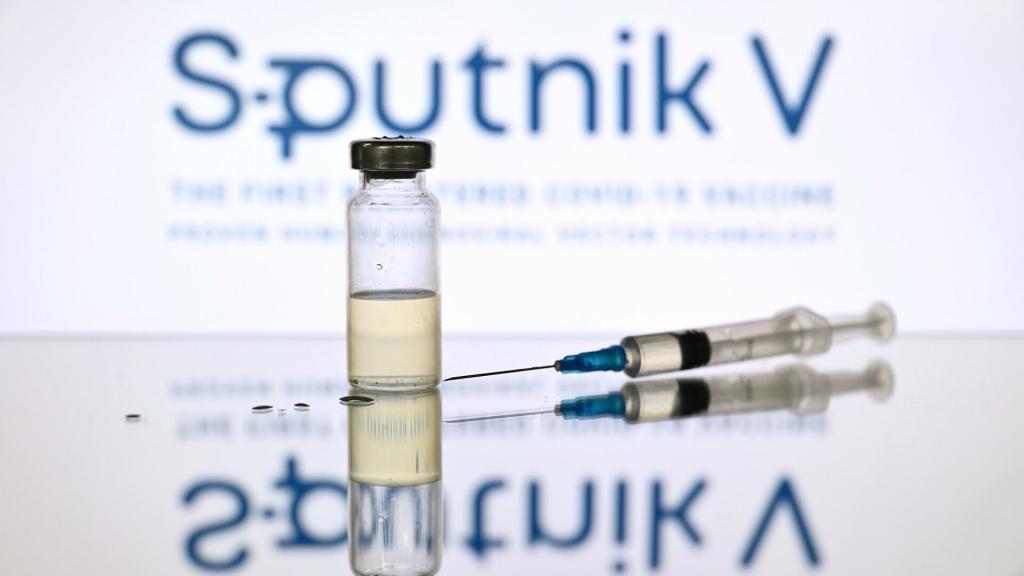 """В центре им. Гамалеи рассказали россиянам, защитит ли вакцина """"Спутник V"""" животных от коронавируса"""