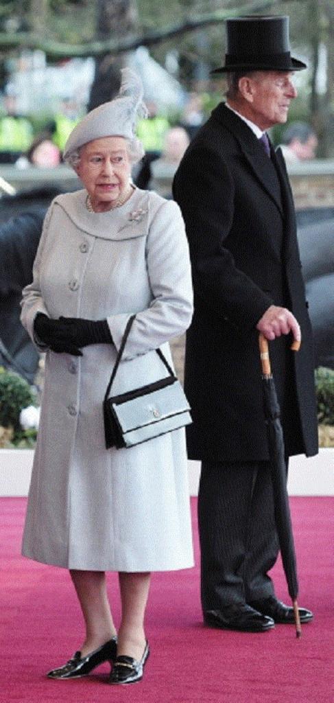 Как заполнить пустоту: что ждет королеву Елизавету II на закате своего рекордного правления