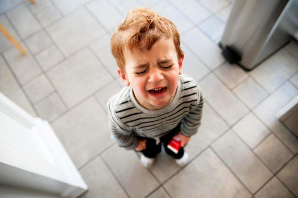 """Детская истерика пройдет быстро, если применить технику """"Черепаха"""""""