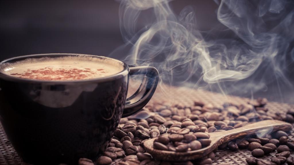 Ваниль, кофе, эфирные масла: гарвардский профессор объяснил, как восстановить обоняние после КОВИД-19