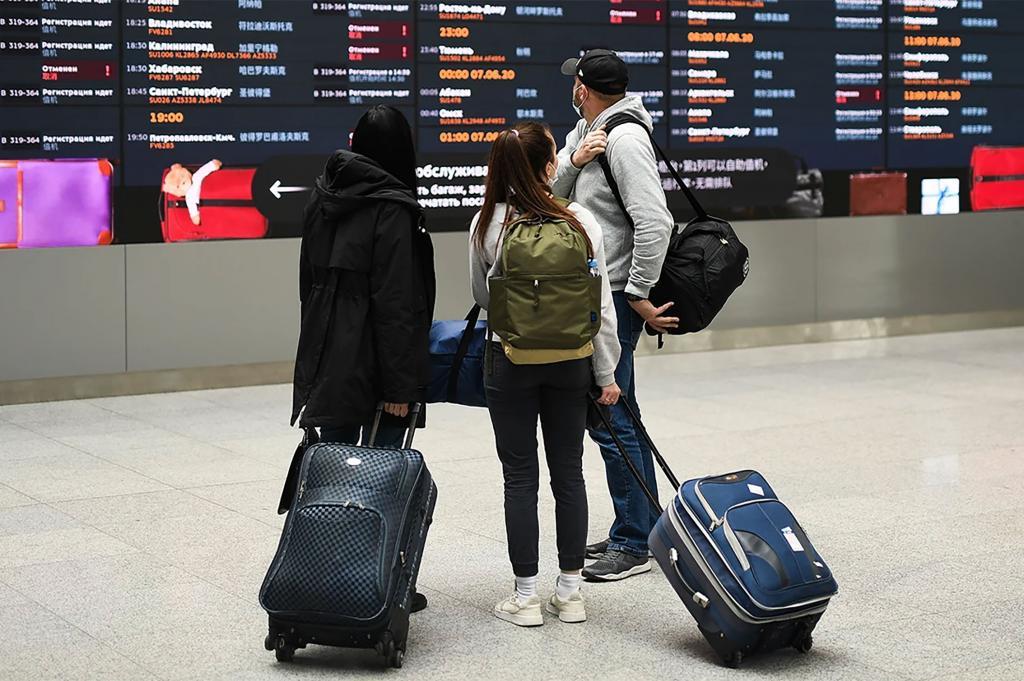 В первую половину весны, с 1 марта по 11 апреля, россияне потратили в заграничных поездках 4,2 млрд руб.
