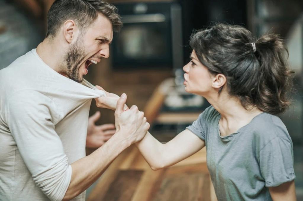 Психолог рассказал, что 90 % ссор в браке можно избежать: три уловки умных женщин