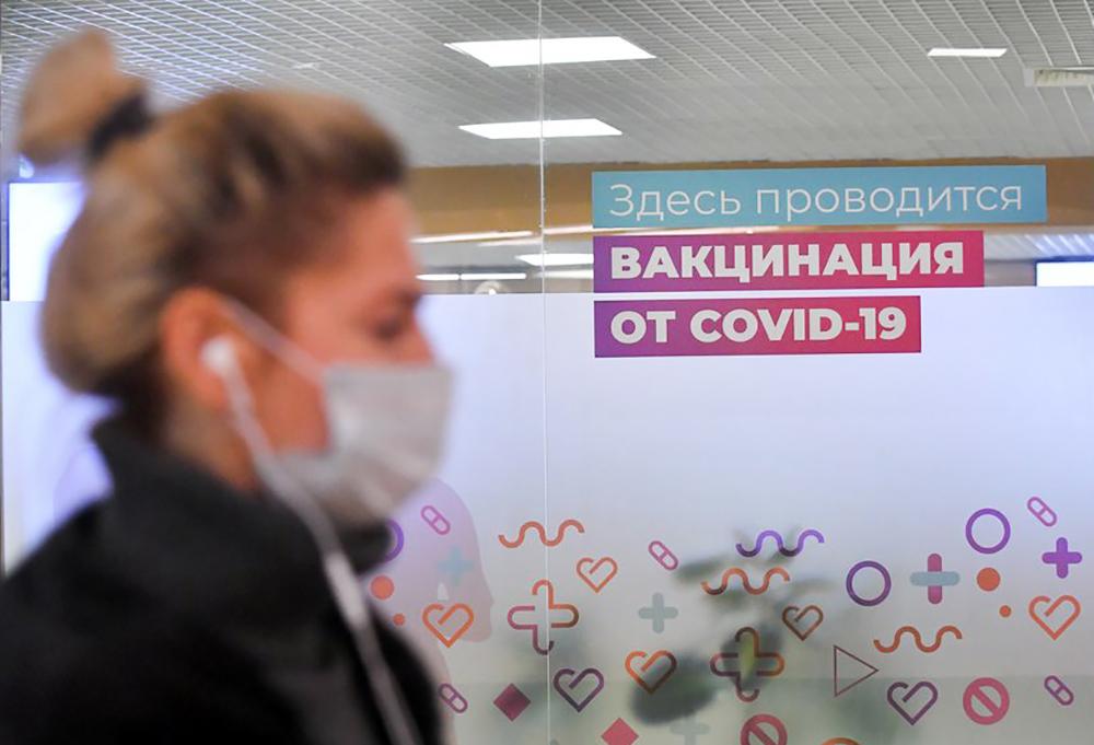 Укольчик в роскошном месте, а потом шопинг: прививку от коронавируса можно сделать с 21 апреля в ЦУМе