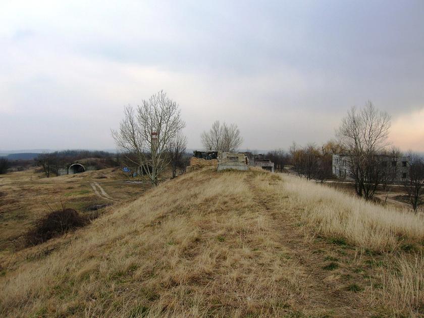 Секретный бункер под землей: территория военной базы СССР под Будапештом привлекает любопытных туристов (видео)