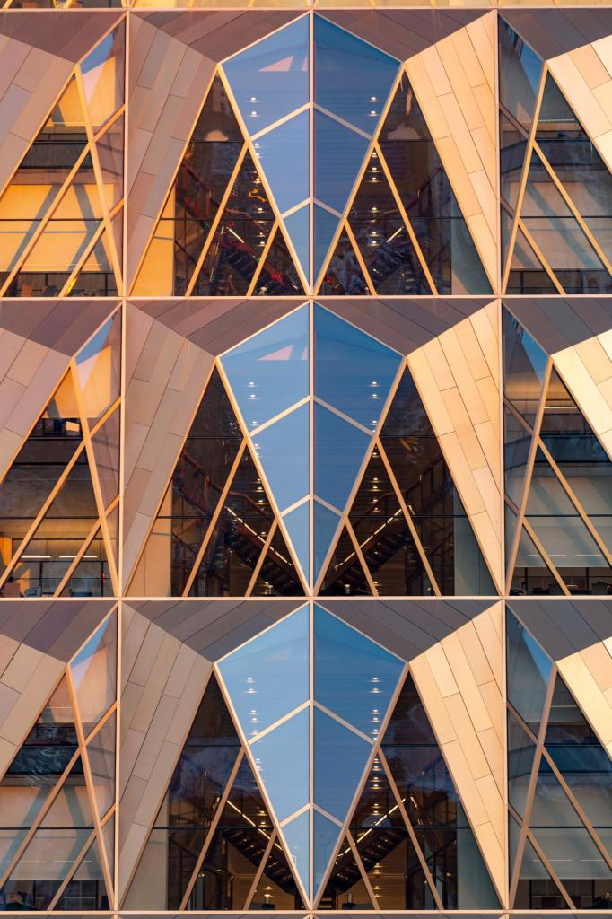 Зарубежная компания преобразила Екатеринбург: фото необычного здания