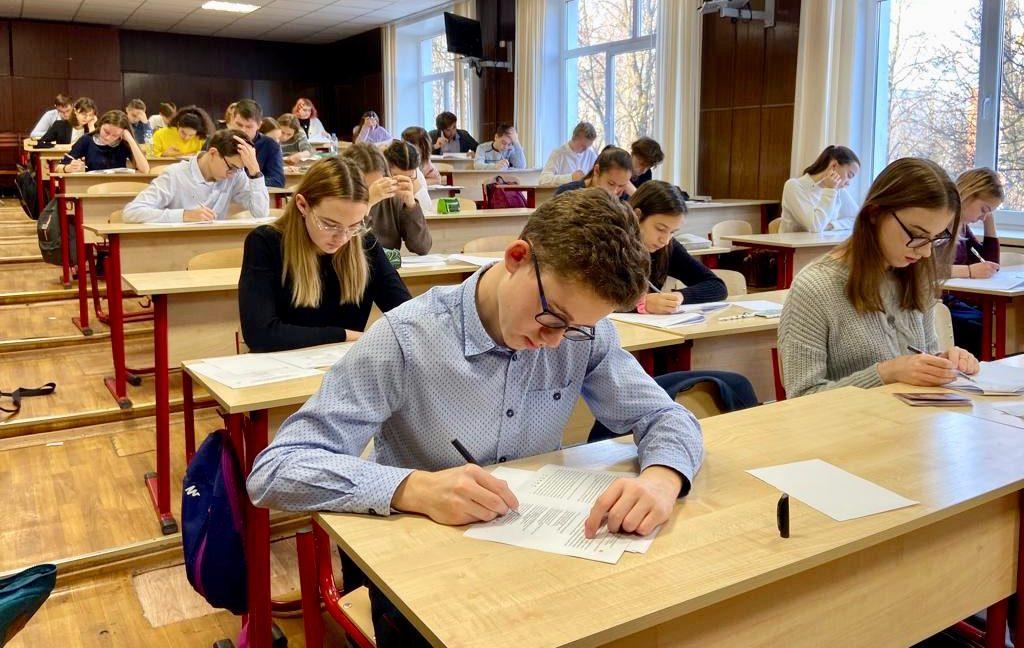 Министерство просвещения рассматривает возможность засчитывать высокие результаты в олимпиадах как результаты обучения в школе