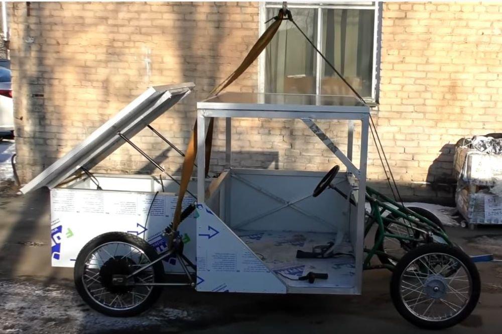 Солнцемобиль: блогер из Петербурга разработал и собрал машину, работающую только на солнечной энергии