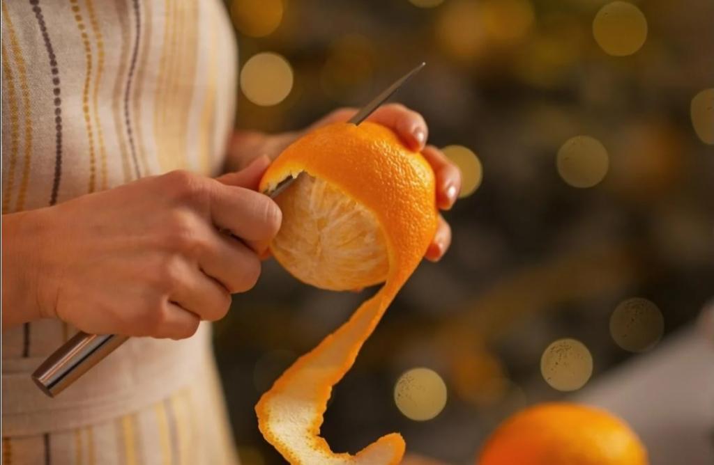 """Можно ли есть апельсины с кожурой? Диетолог отвечает: """"Даже нужно"""""""