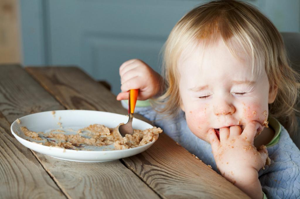 После еды, активных игр и не только: в каких случаях детям не рекомендуется пить воду