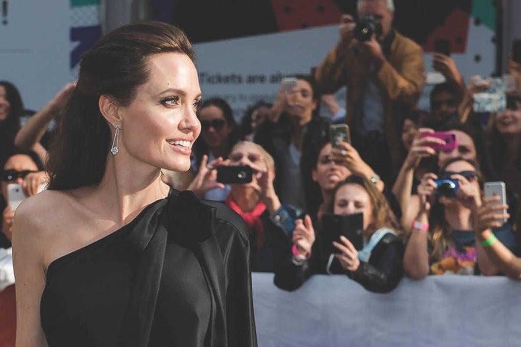 «Я вынуждена это делать»: Анджелина Джоли о том, что повлияло на ее решение вновь появиться на больших экранах