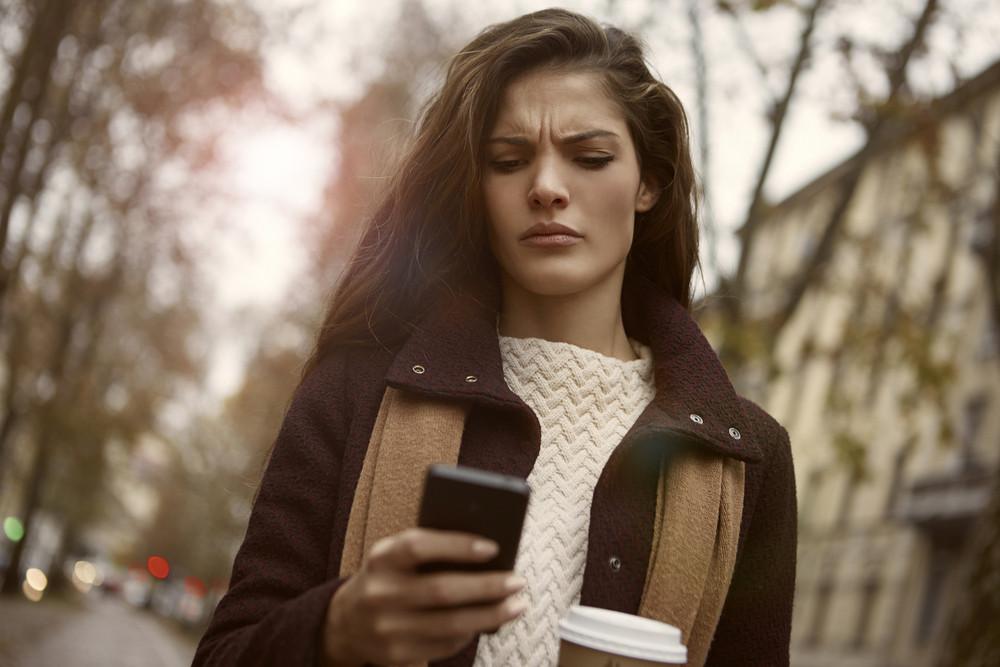 Подруга-то ненастоящая! 5 признаков того, что ваша подруга - фальшивка (такую на расстоянии надо держать, а не доверять ей секреты)