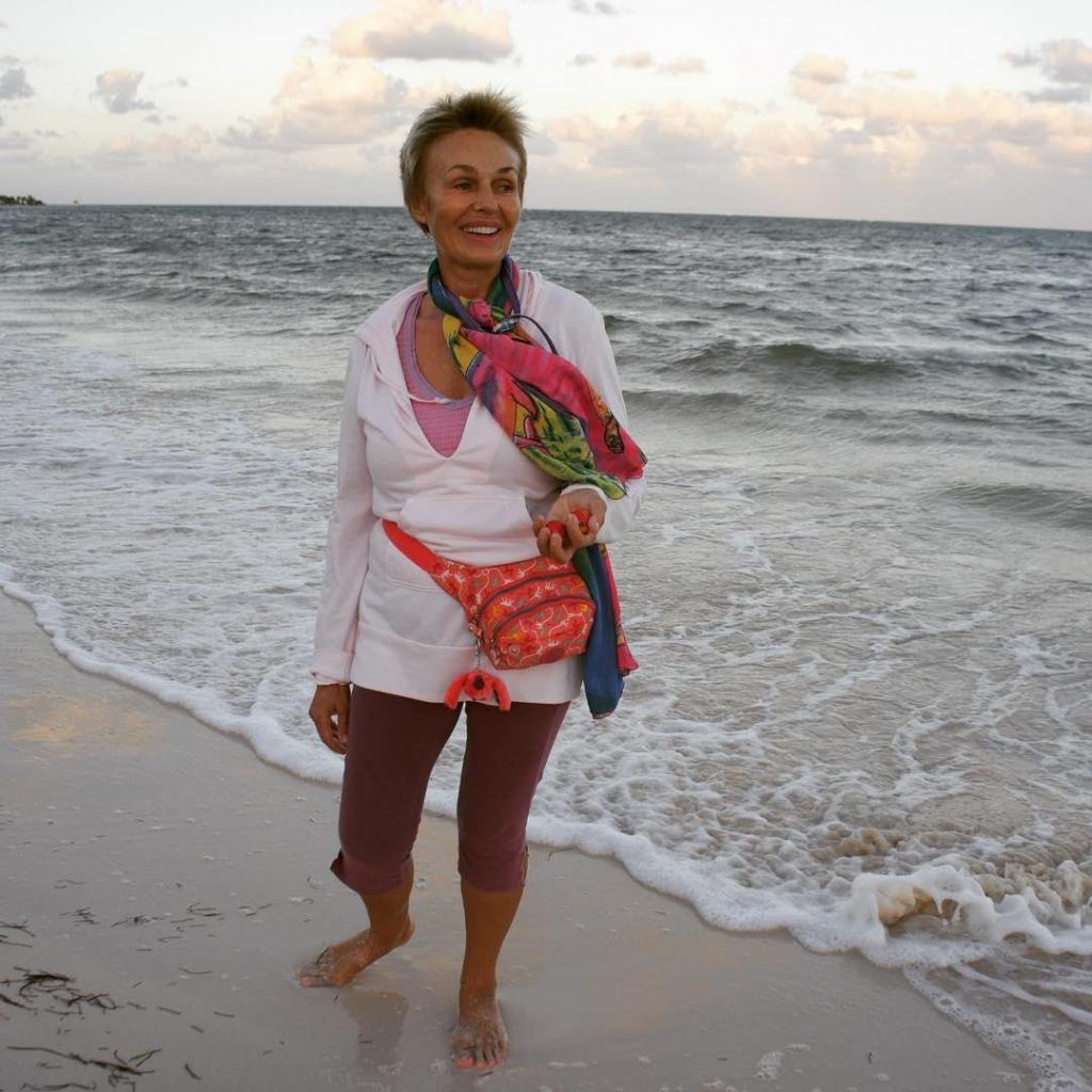 """""""В моей жизни было абсолютно все"""": Наталья Андрейченко о творчестве, духовной жизни и актерской профессии"""