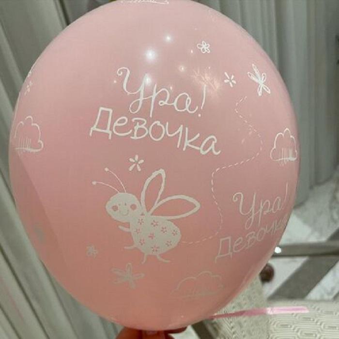 В третий раз мама: Альбина Джанабаева рассказала о творческих планах после рождения дочки