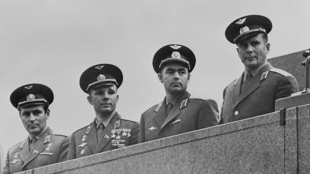 Тренировались втайне: как в СССР из 3500 пилотов отбирали первых космонавтов