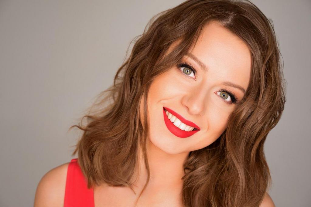 «Тебя там как артиста не видят»: Юлия Савичева раскритиковала шоу «Маска»