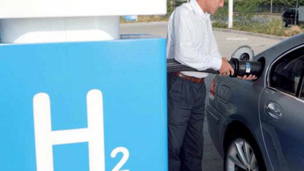 Россиянам рассказали, когда машины на водородном топливе станут выгоднее для покупателей, чем классические авто на бензине