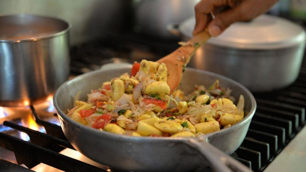 Частичка ямайской души: почему на острове подают на завтрак южный фрукт и северную рыбу