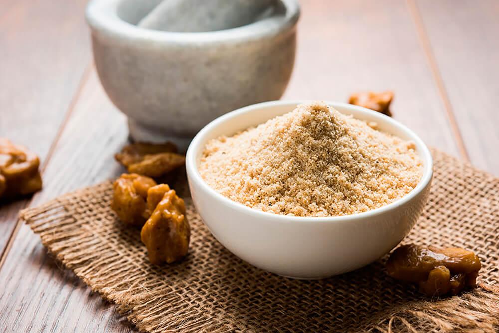 Соль можно заменить без ущерба для вкуса: 3 здоровые альтернативы