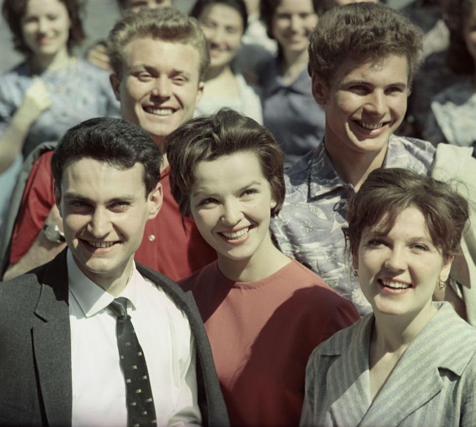 После 50-х годов в СССР рванули студенты из-за границы. Почему наша молодежь часто завидовала им: 5 причин
