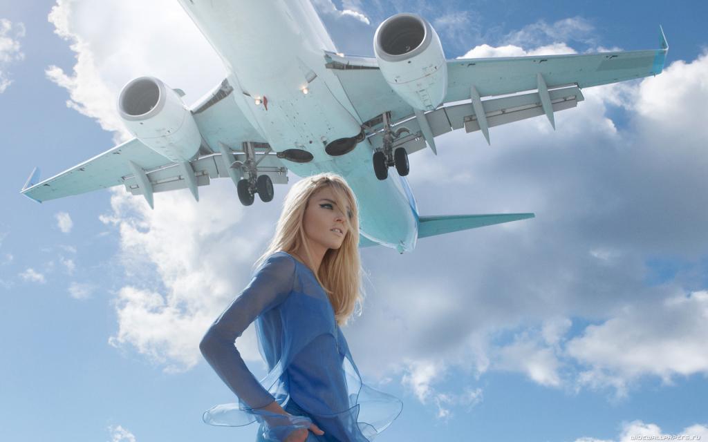 Спрос на авиабилеты в России вырос в пять раз после известия о продлении майских праздников с 1 по 10 мая
