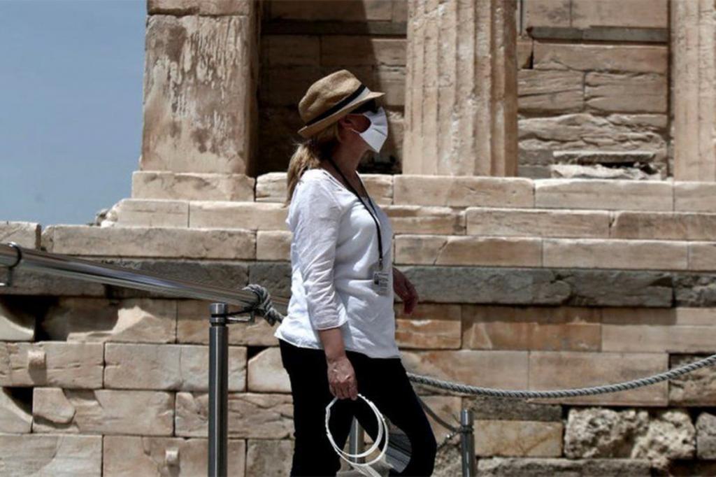 Греция вновь упростила условия въезда для российских туристов