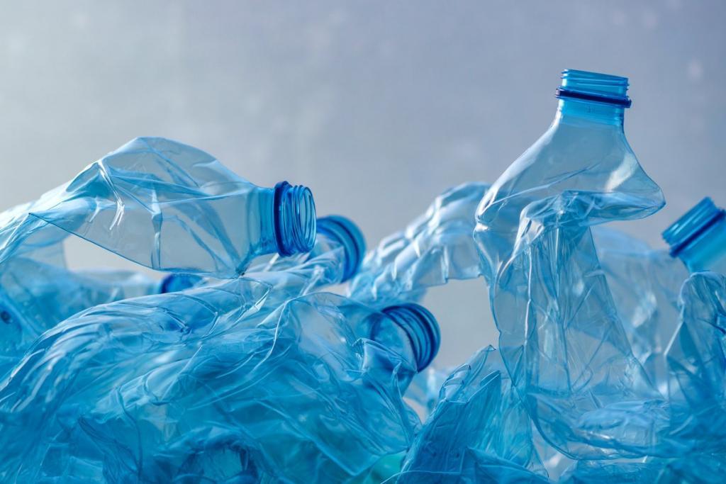 Американские ученые разработали экологичную альтернативу пластику. Созданный ими материал можно будет перерабатывать бесконечно