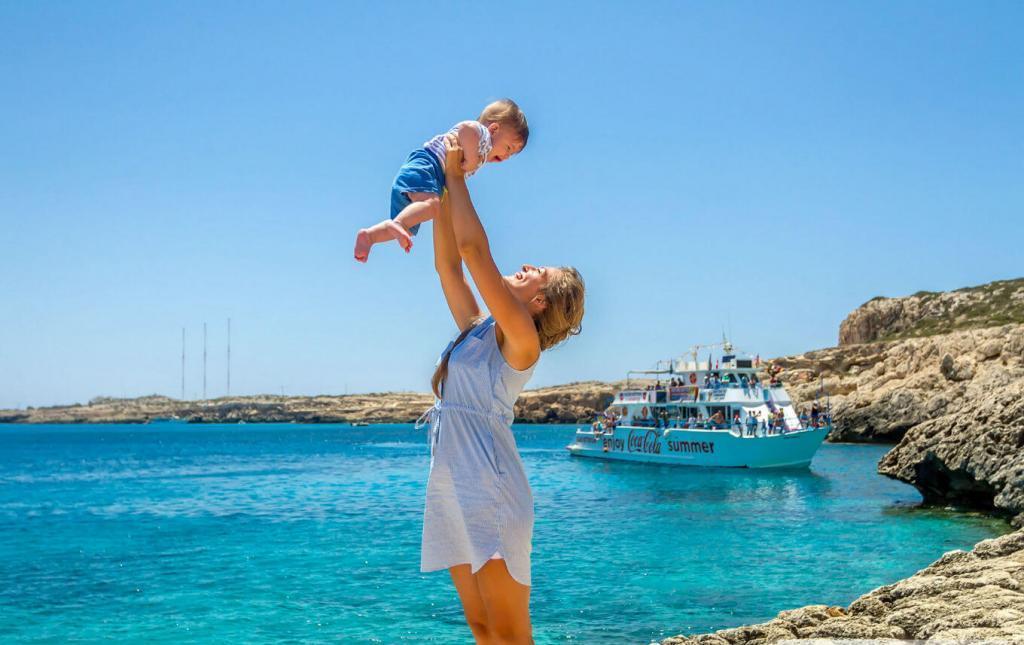 Кипр с 10 мая будет принимать туристов, прошедших полный курс вакцинации любым препаратом от COVID-19