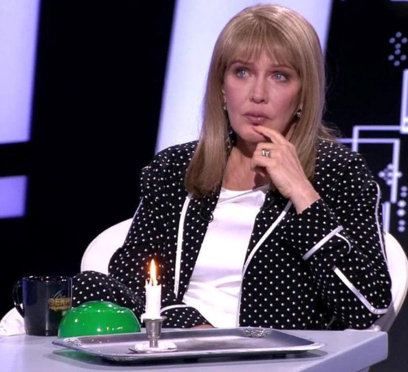 """""""Стыдно за эту пожилую женщину"""": на скандальные откровения Елены Прокловой отреагировали звезды"""