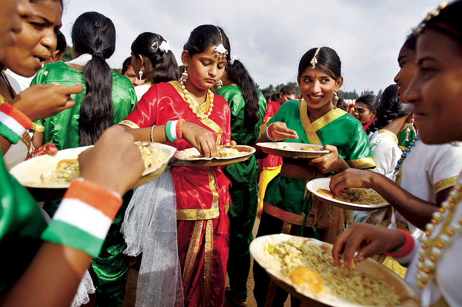 Секрет стройности индийских девушек: индуистская диета, еда руками и другие способы сжечь жир