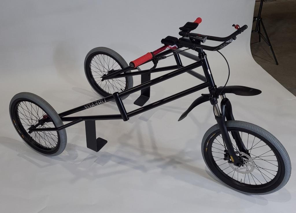 Для современных Форестов Гампов: трехколесный электроцикл способен на одной зарядке проехать 35 км