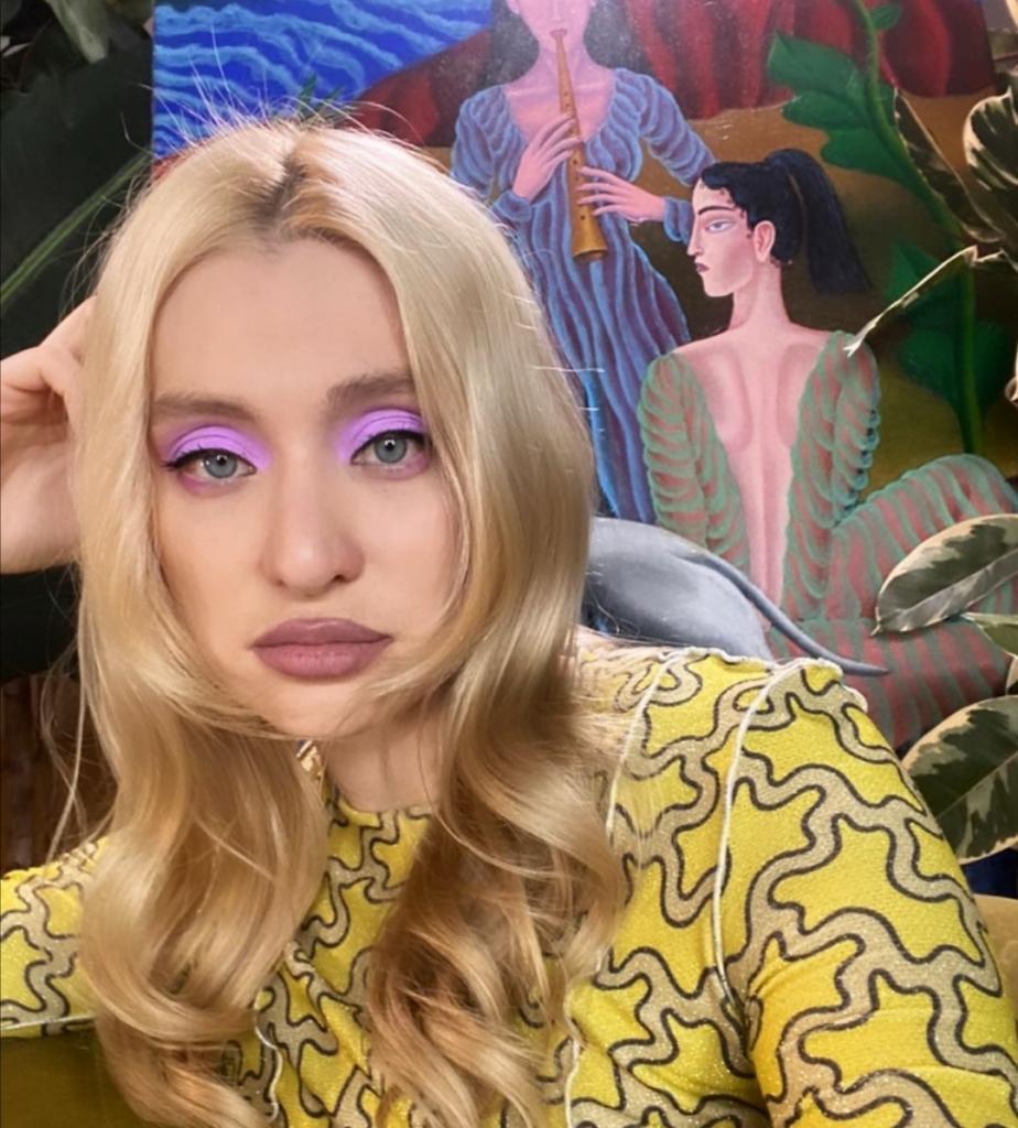 """В шоу """"Топ-модель по-русски"""" ее взяли для массовки: как стала популярной Маша Миногарова"""
