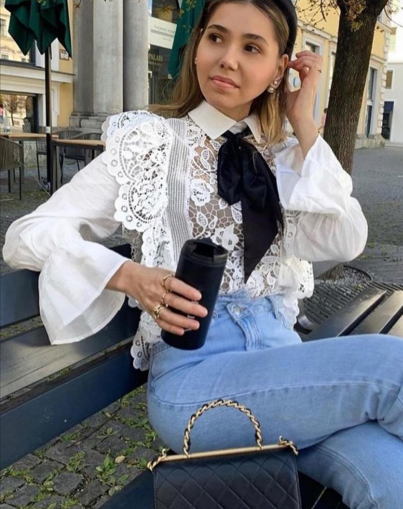 Выглядит очаровательно: как носить белые блузы, чтобы не напоминать офисного работника
